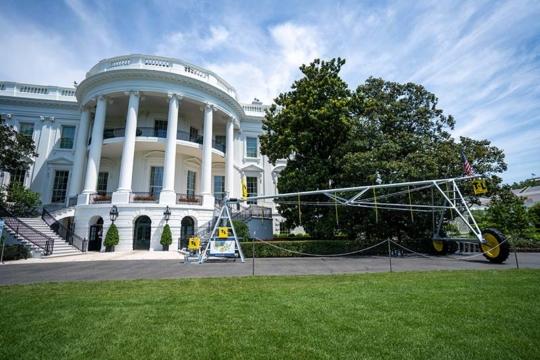 T-L Pivots Made In America White House Showcase