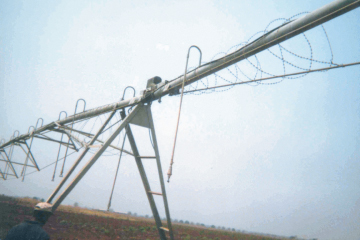 Electric Pivot with razor wire | Copper theft from electric pivots